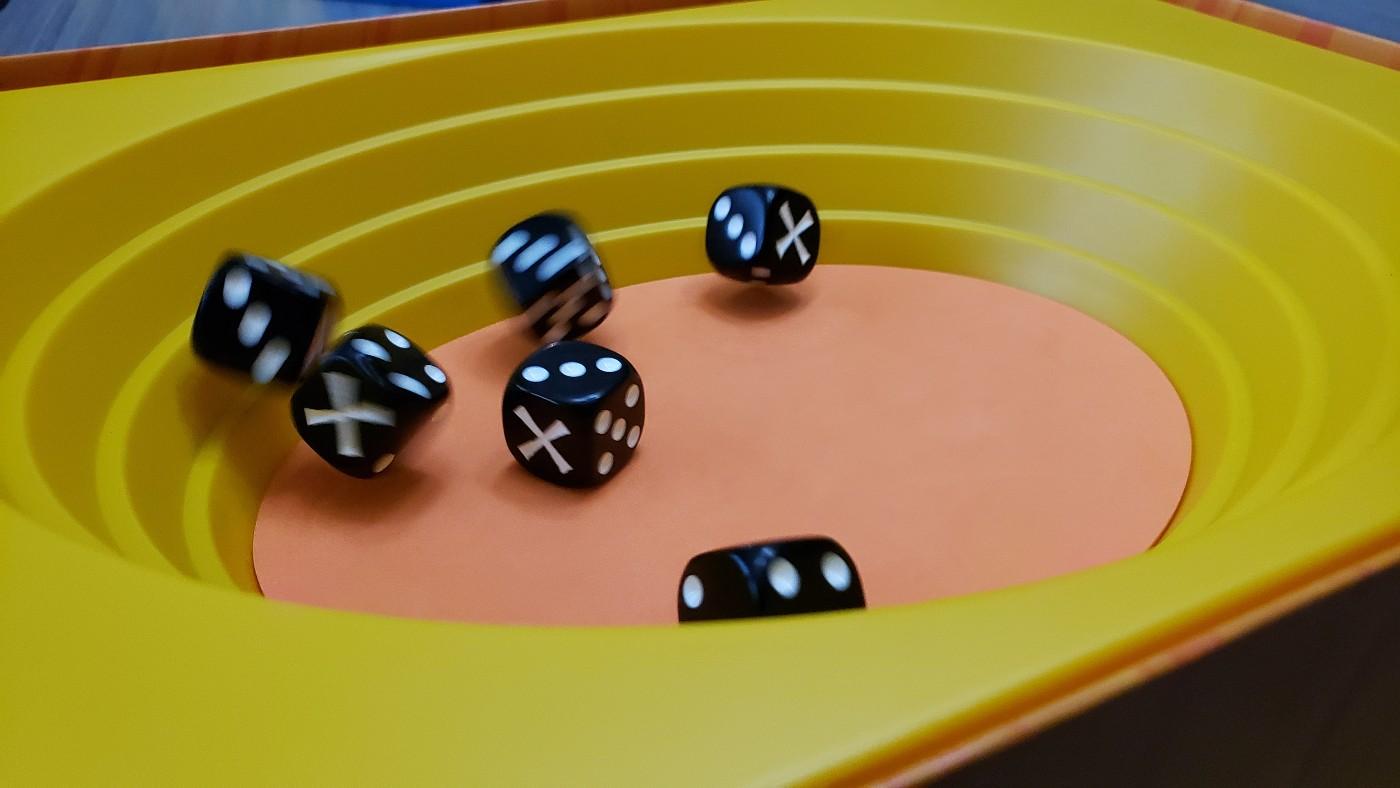 Strike dice dump